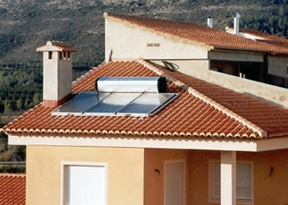 Thermosyphon System on rooftop - solar hot water heater